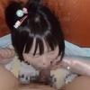 サランラップで腕を固定されたロリ少女に馬乗りになってにゅぽにゅぽお口の感触を楽しむ