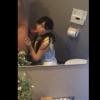【個人撮影】鏡張りのトイレで素人にフェラしてもらう【口内射精】