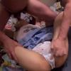 【イラマチオ】Vの字にさせられて喉の奥を犯されるロリ少女【舌上射精】